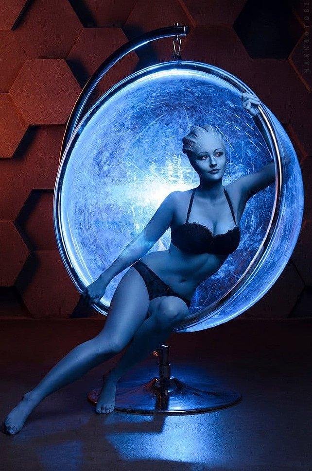 Russian Cosplay: Azari (Mass Effect) by Ekaterina Frolova