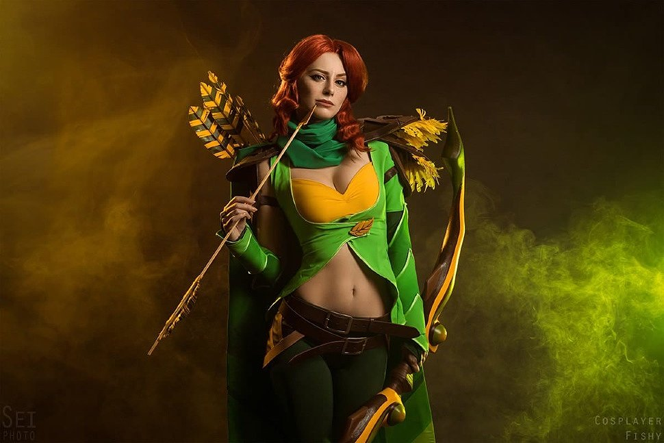 Russian Cosplay: Windranger (Dota 2) by Fishy