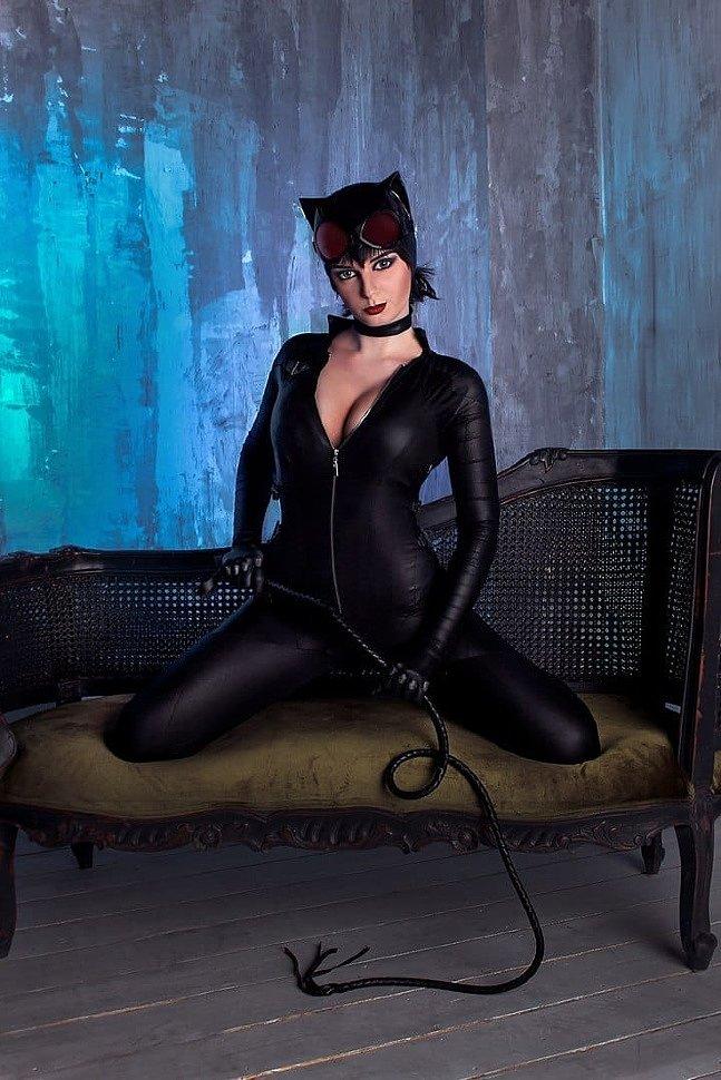 Russian Cosplay: Catwoman (DC Comics)