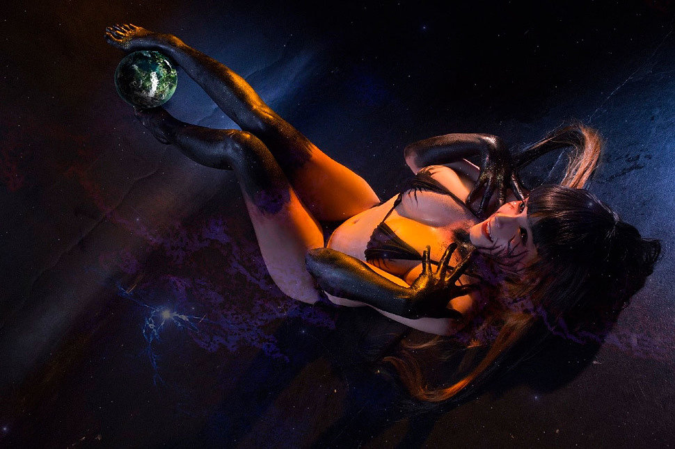 Russian Cosplay: Black Hole-chan
