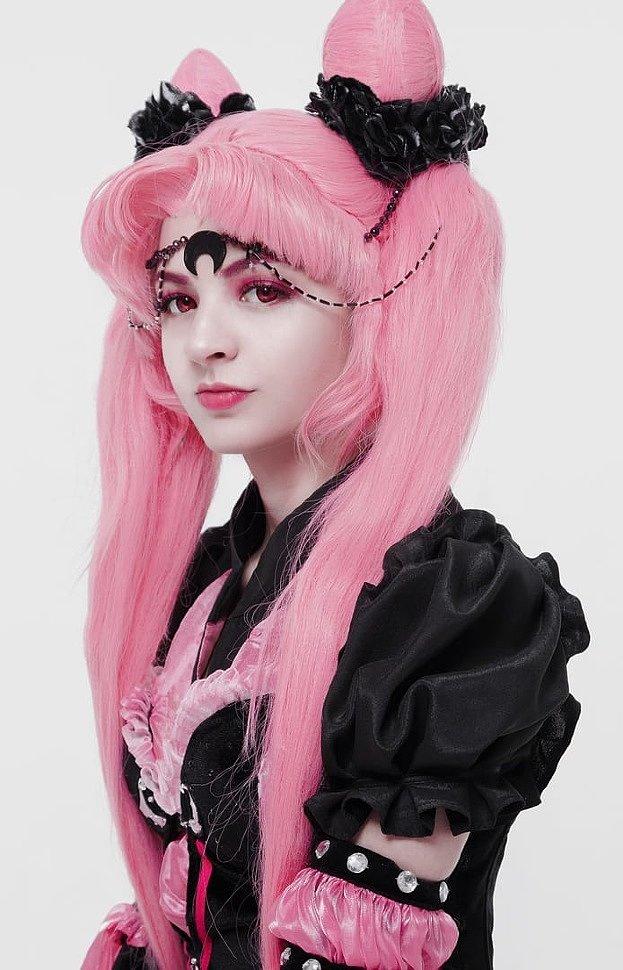 Russian Cosplay: Mariko (Sailor Moon)