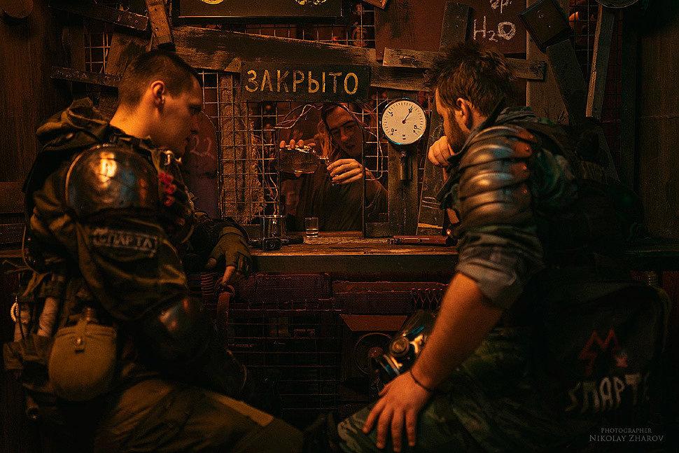 Russian Cosplay: Metro 2033