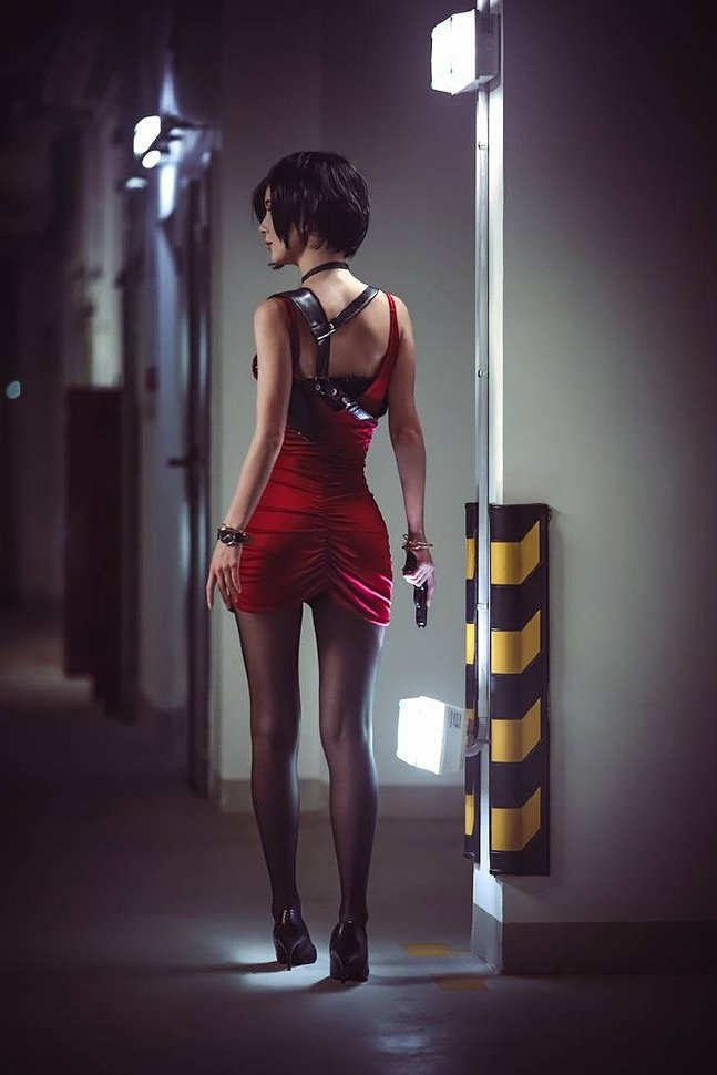 Russian Cosplay: Leon Kennedy & Ada Wong (Resident Evil 2) by scp048 & Ksana