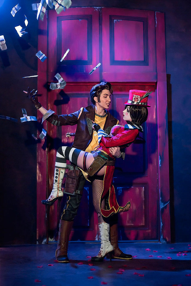 Russian Cosplay: Mad Moxxi, Handsome Jack (Borderlands)