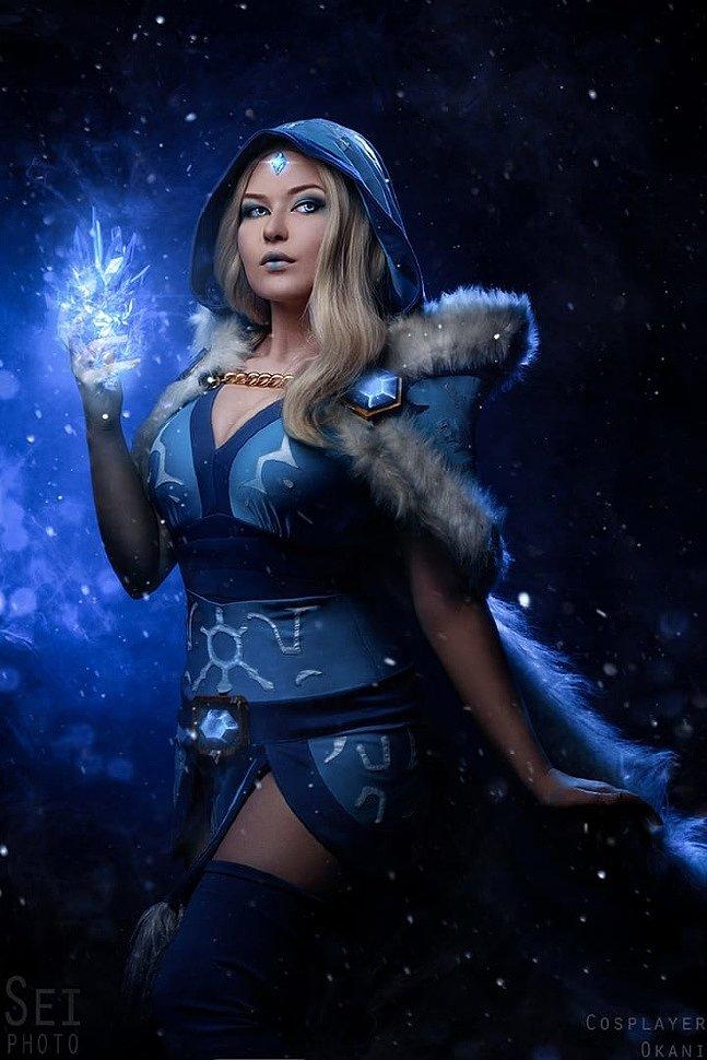 Russian Cosplay: Crystal Maiden (Dota 2)