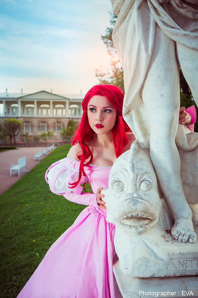 Russian Cosplay: Ariel (The Little Mermaid)