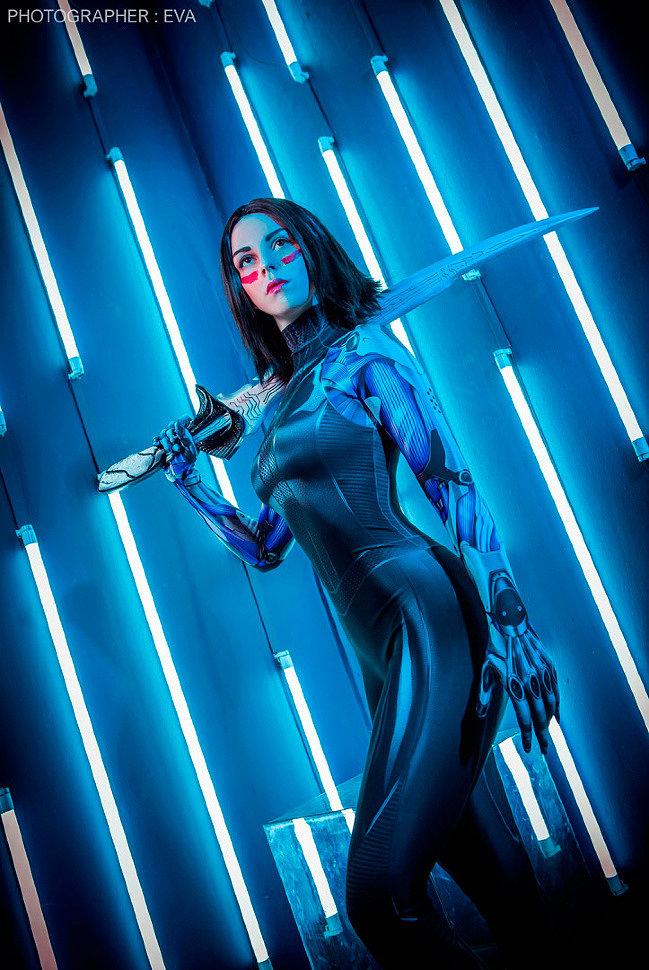 Russian Cosplay: Alita (Alita: Battle Angel) by felida3
