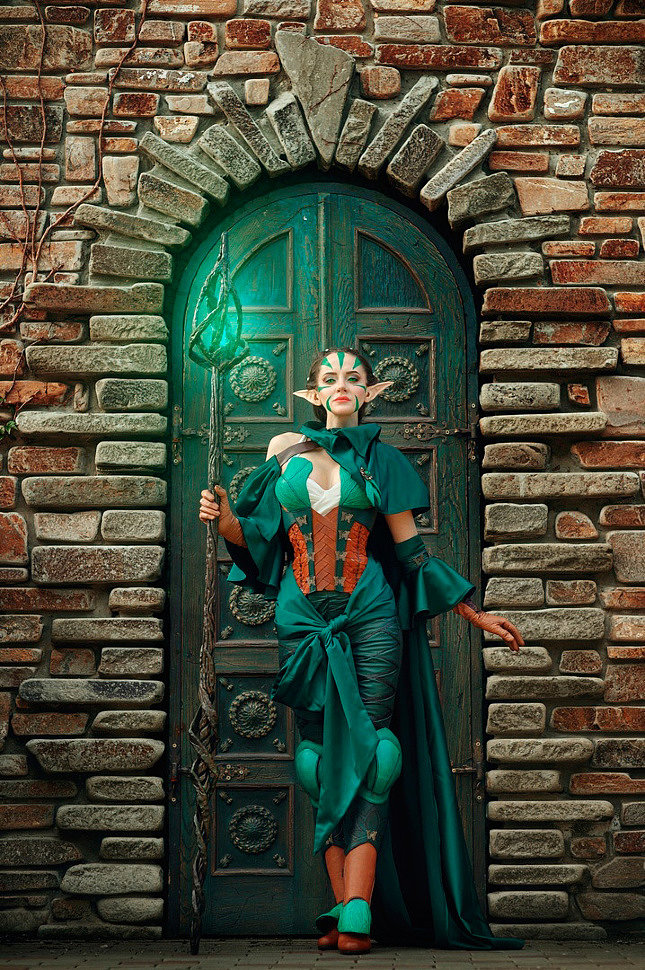 Russian Cosplay: Nissa Revane (Magic: The Gathering)