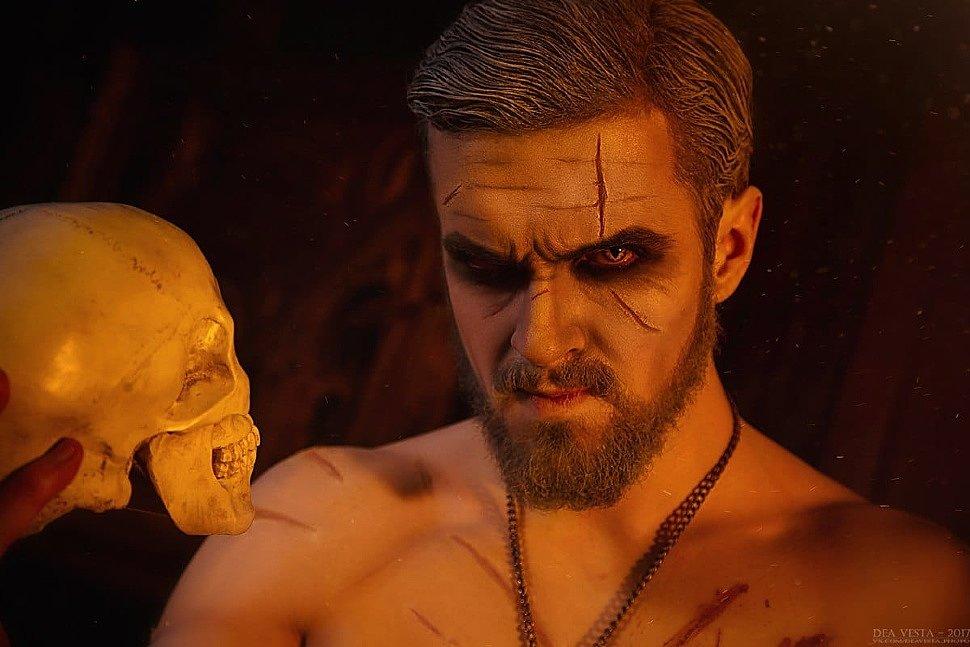 Russian Cosplay: Geralt & Triss (Noir Witcher)