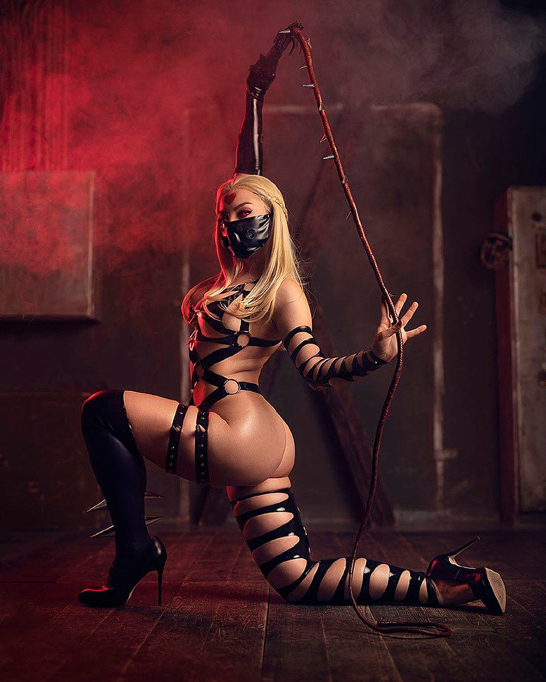 Russian Cosplay: Monster Princess (One Punch Man) by Zoe Volf