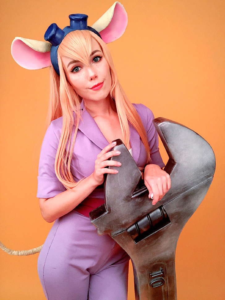 Russian Cosplay: Gadget (Chip and Dale) by Helen Stifler