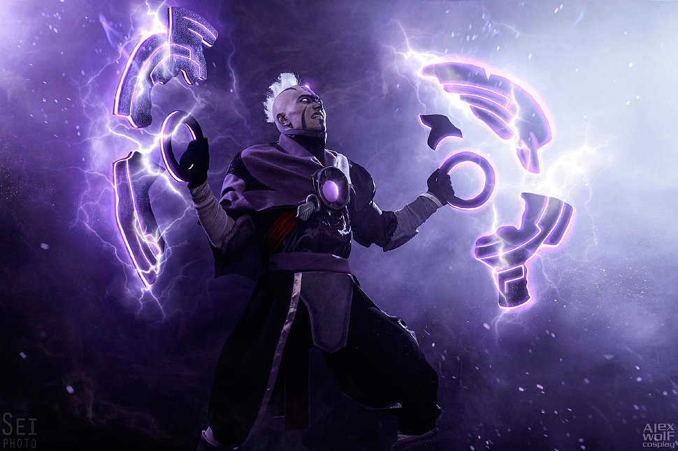 Russian Cosplay: Antimage (Dota 2)