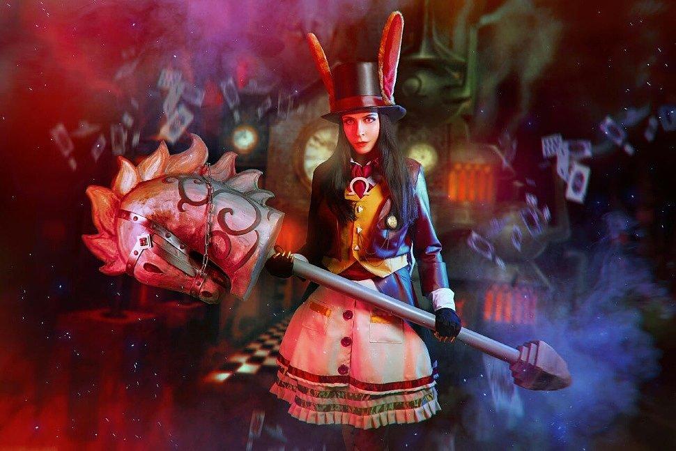 Russian Cosplay: Alice Liddell (Alice: Madness Returns) by Katrina Katyan