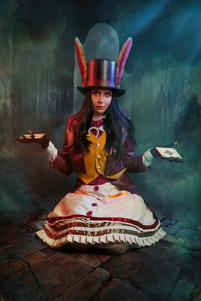 Russian Cosplay: Alice Liddell (Alice: Madness Returns) by Katrina Katyan