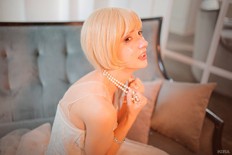 Russian Cosplay: Daisy Buchanan (The Great Gatsby. Golden Girl in an Open Cage)