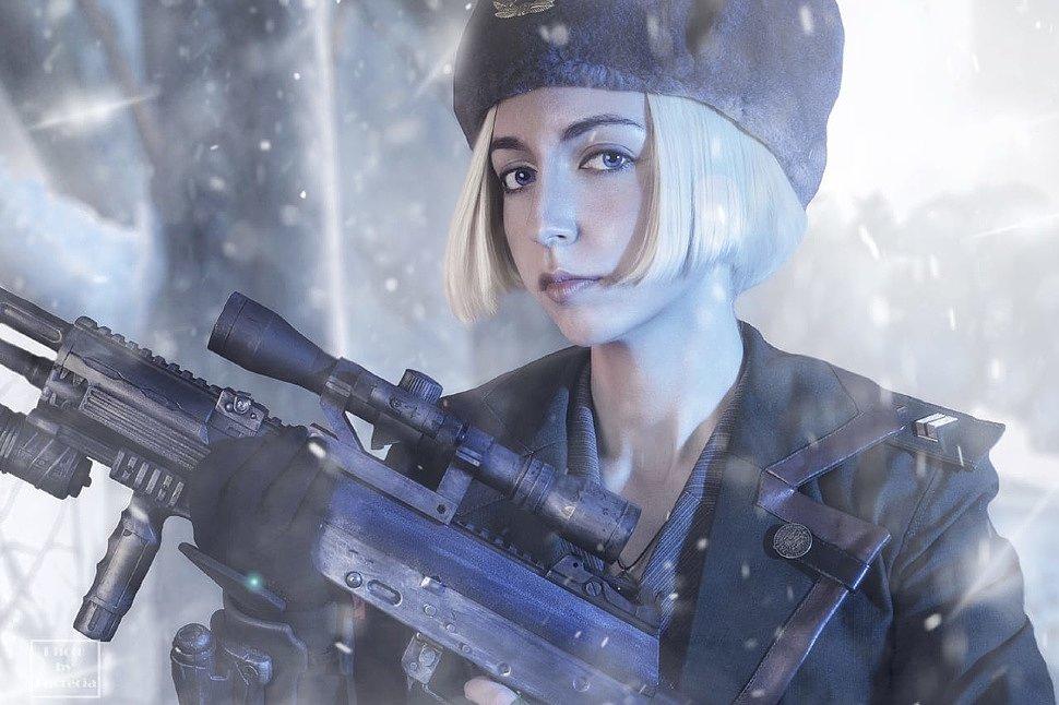 Russian Cosplay: Sonya Blade (Mortal Kombat X)