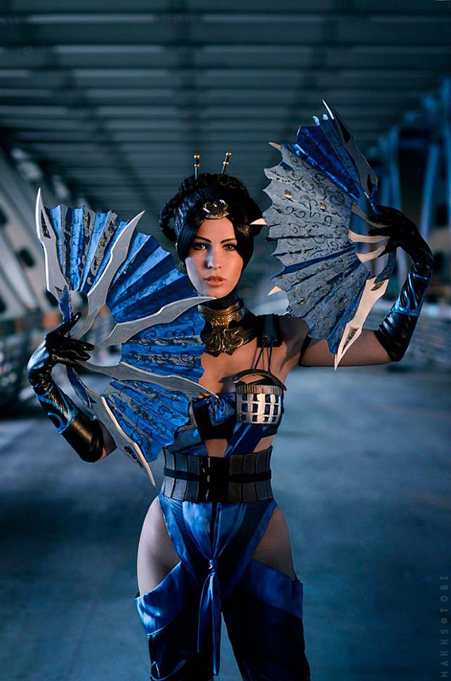 [Cosplay] Cassie Cage vs Kitana (Mortal Kombat)