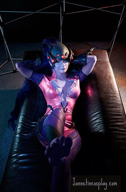 Russian Cosplay: Widowmaker (Overwatch)