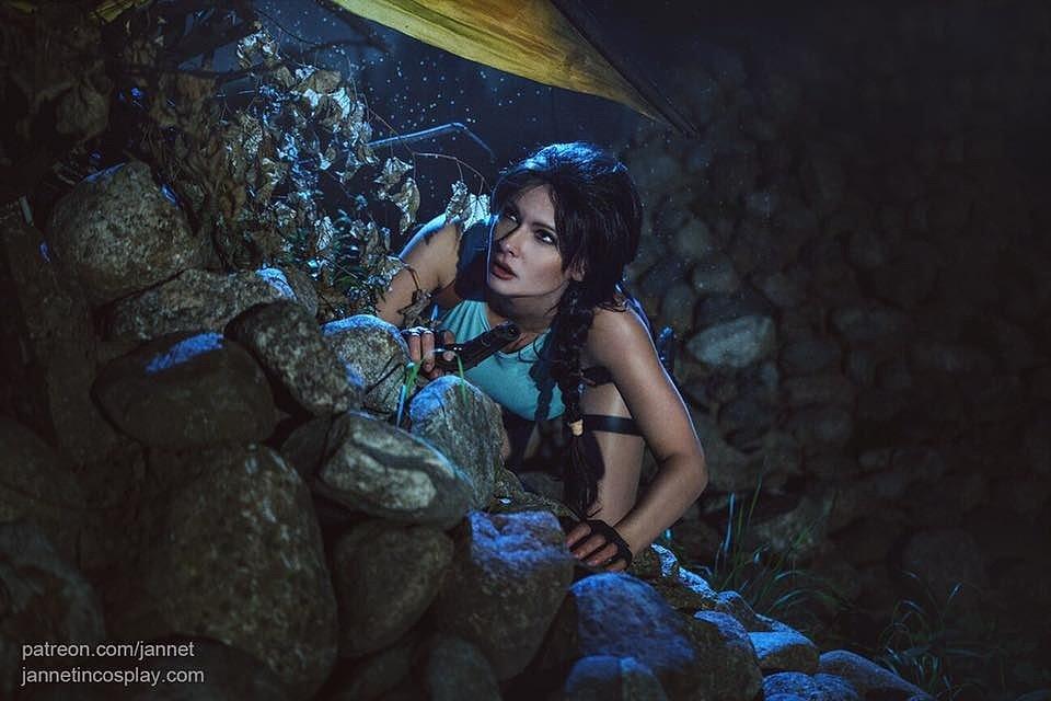 Russian Cosplay: Lara Croft (Tomb Raider) by Jannet Incosplay