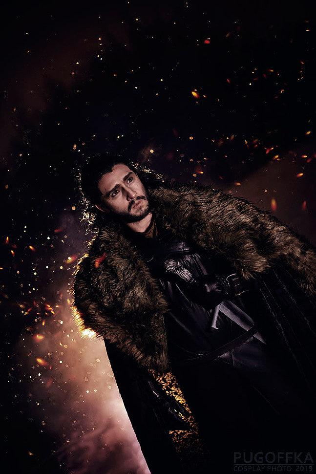 Russian Cosplay: Jon Snow, Sansa Stark (Game of Thrones)