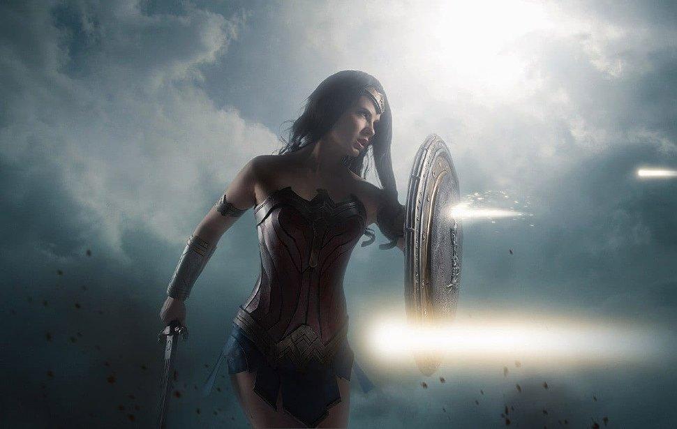 Russian Cosplay: Wonder Woman (DC) by Anastasya Zelenova