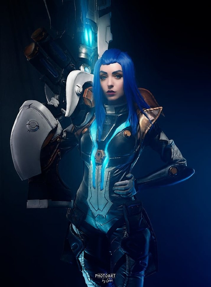 Russian Cosplay: Pulsefire Caitlyn (League of Legends) by Norihiro