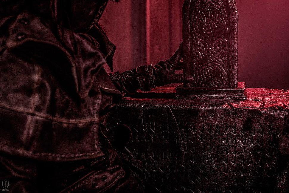 Russian Cosplay: Hunter (Bloodborne) by Anyarainbow