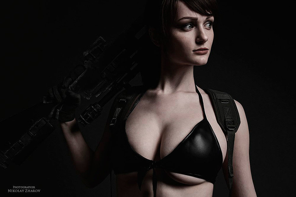 Russian Cosplay: Quiet, Snake (Metal Gear Solid V)