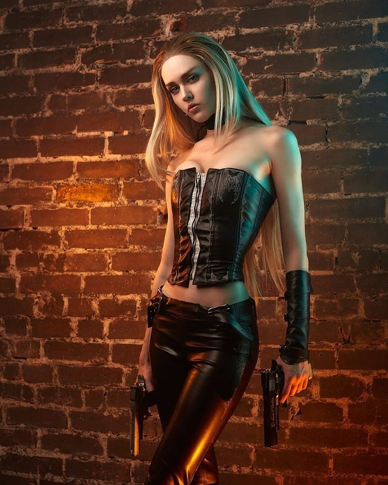 Russian Cosplay: Trish (Devil May Cry) by Nelly Laufeyson