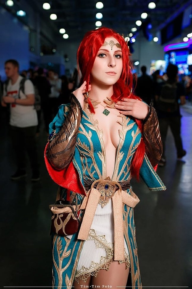 Russian Cosplay: Triss Merigold (The Witcher 3) by Roxolana Ridel