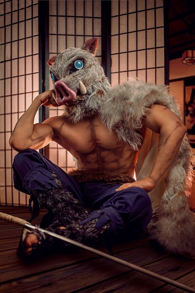 Cosplay: Inosuke Hashibira (Kimetsu no Yaiba) by Taryn Cosplay