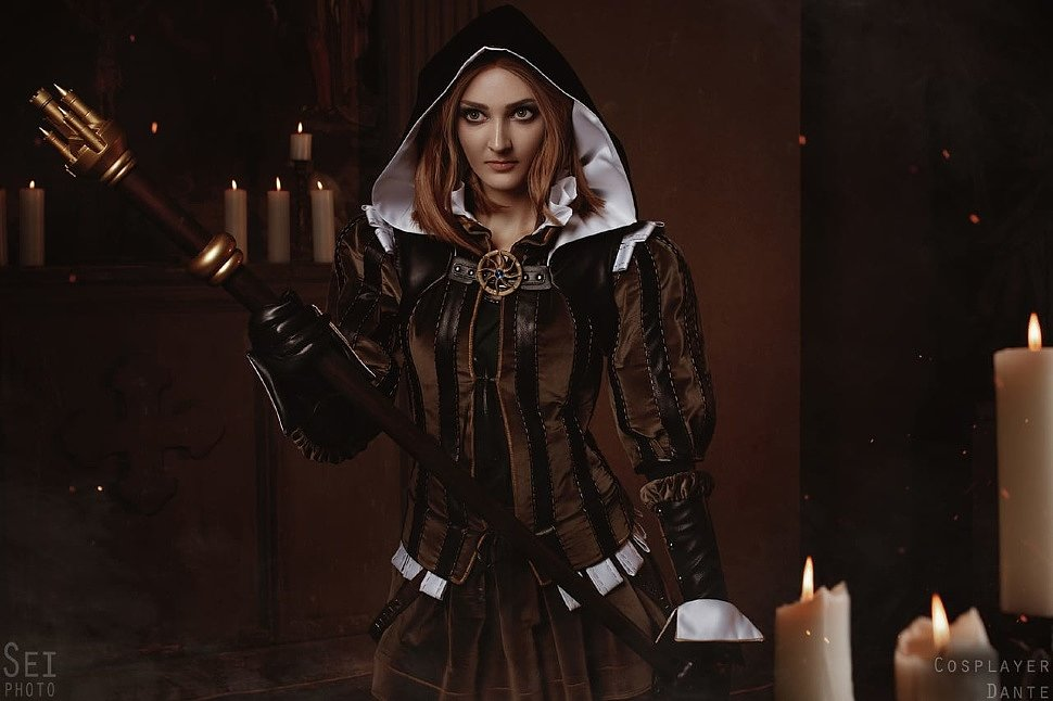 Russian Cosplay: Cynthia (The Witcher 2)