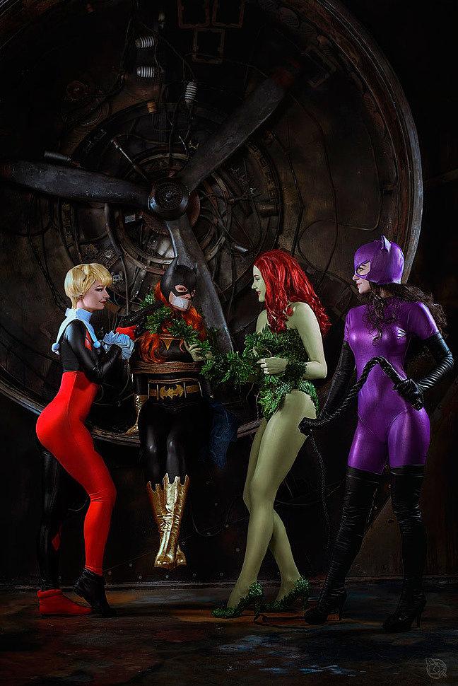 Russian Cosplay: Harley Quenn, Poison Ivy, Cat Woman, Bat Girl (DC)