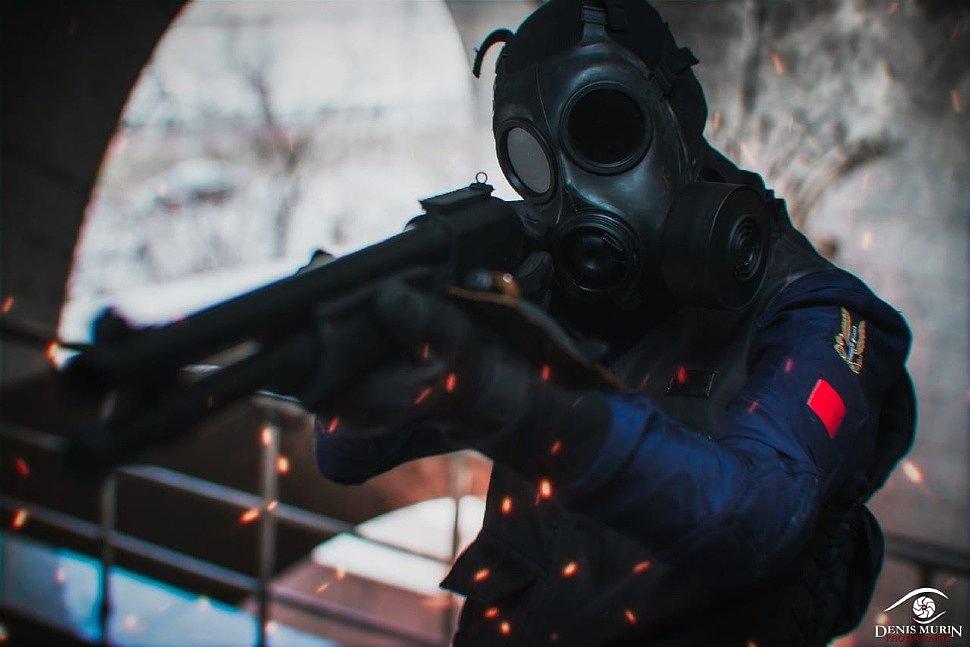 Russian Cosplay: Thatcher (Tom Clancy's Rainbow Six Siege)