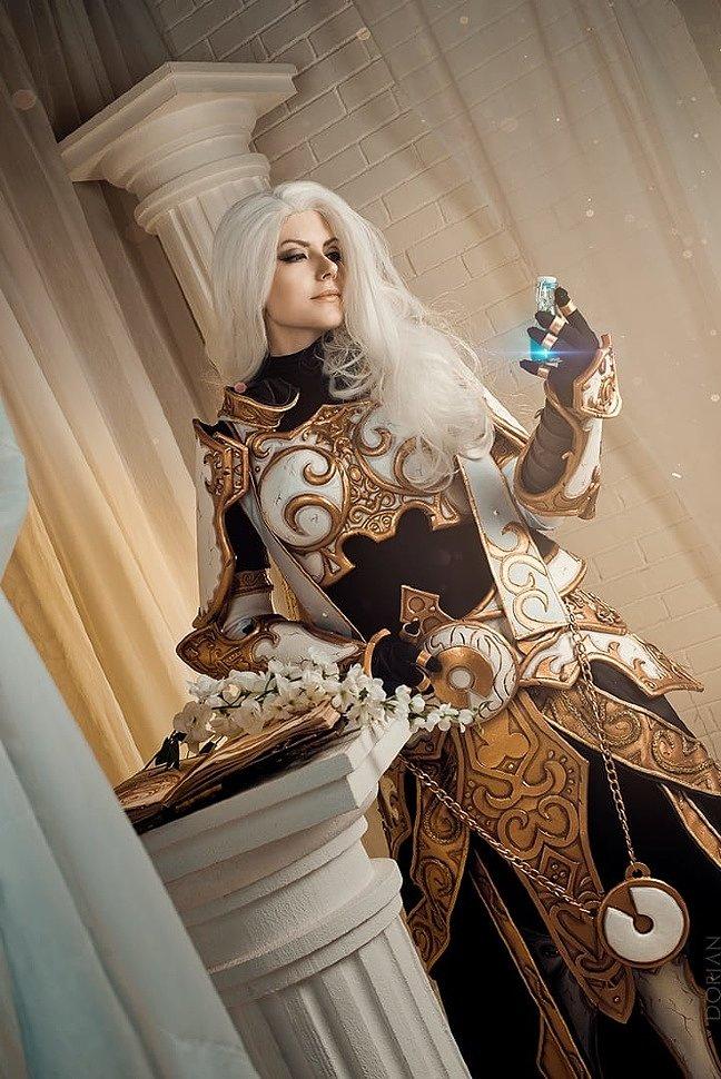 Russian Cosplay: Sister Benedron & Night Elf (World of Warcraft)