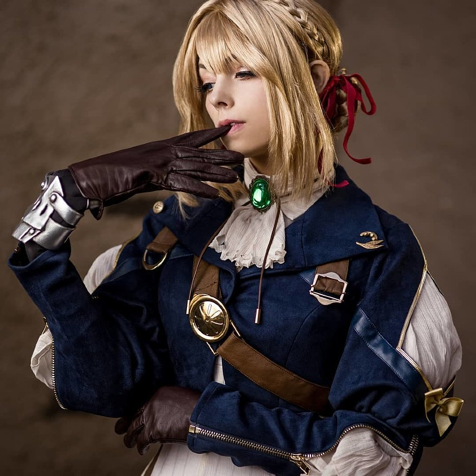Cosplay: Violet Evergarden by lishka.cosplay