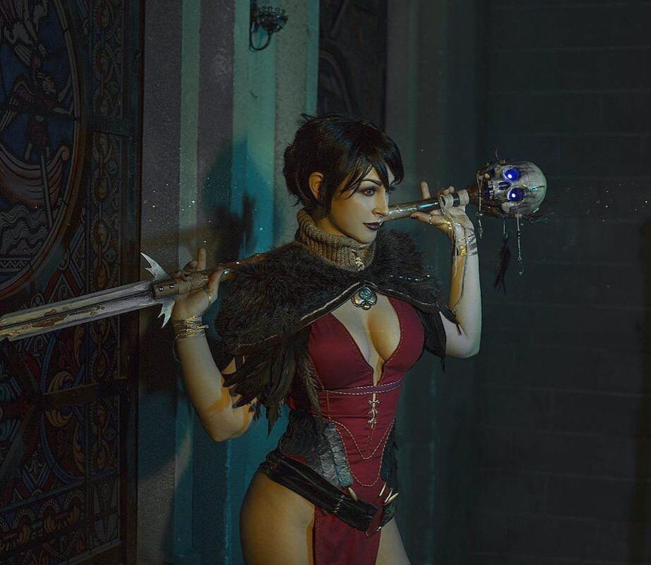 Russian Cosplay: Morrigan (Dragon Age)