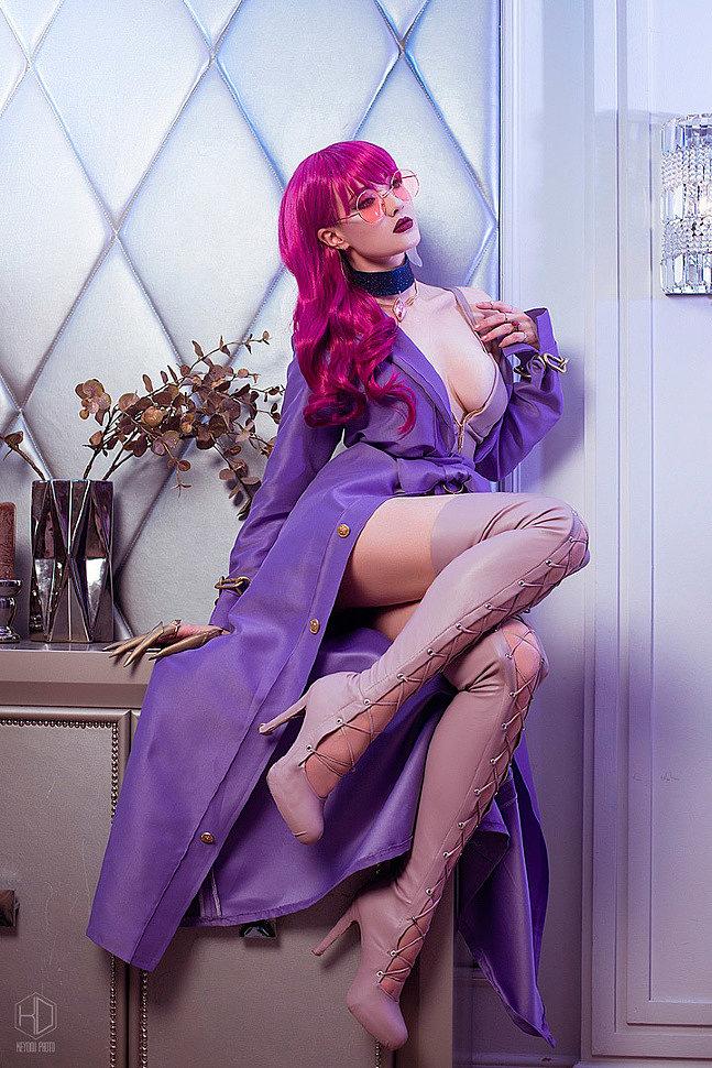 Russian Cosplay: Evelynn (KDA fanart) (LoL) by Sai Westwood