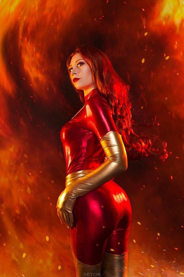 Russian Cosplay: Jean Grey Dark Phoenix (X-Men) by Kyrie Fox