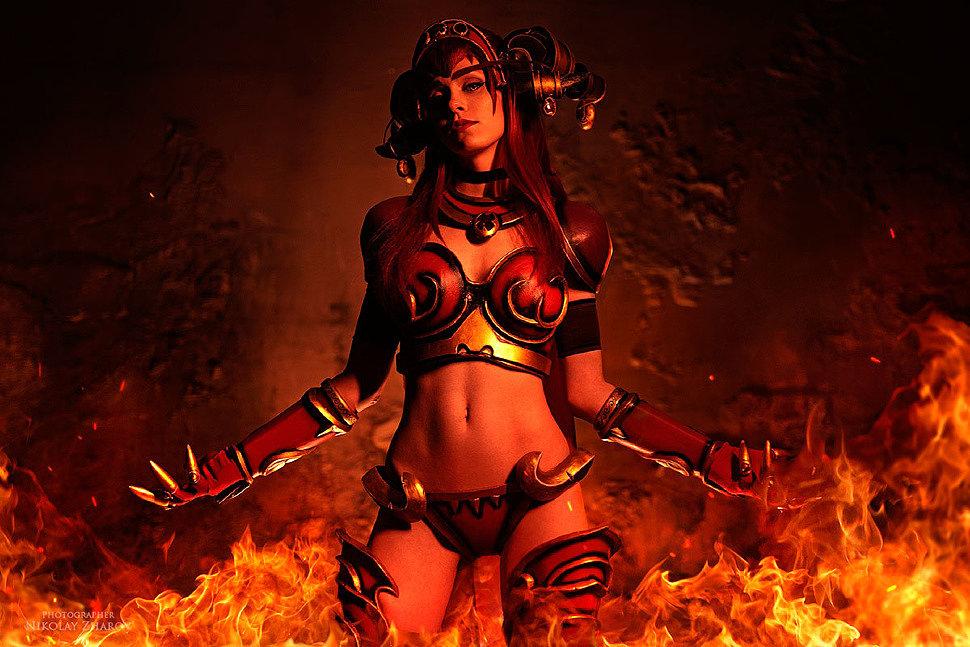 Russian Cosplay: Alexstrasza (World of Warcraft)