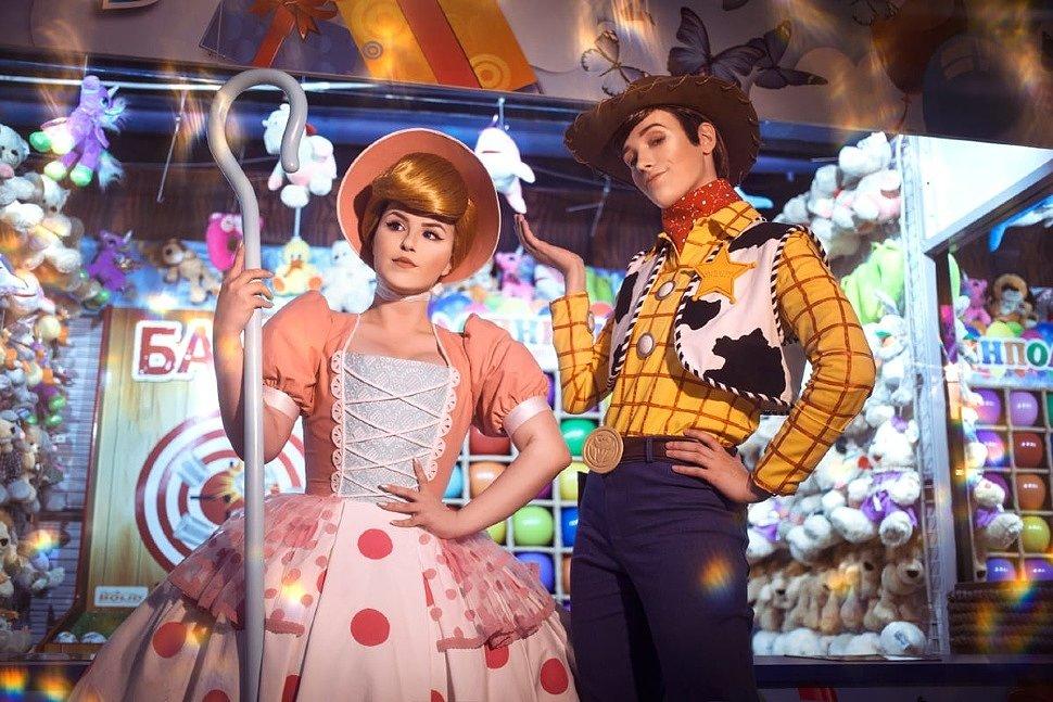 Russian Cosplay: Sheriff Woody & Bo Peep (Toy Story) by Dziro & Le Atlass