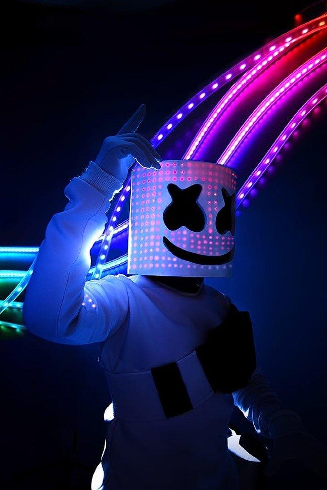 Russian Cosplay: Marshmello (Fortnite) by Windwalk