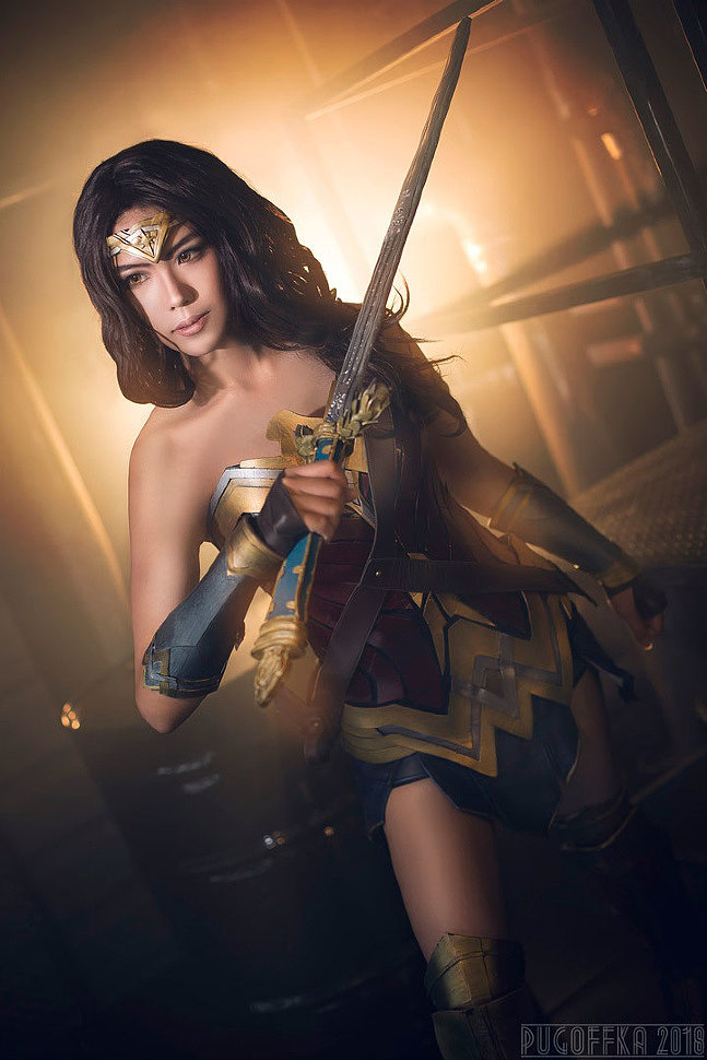 Russian Cosplay: Wonder Woman (DC Comics)