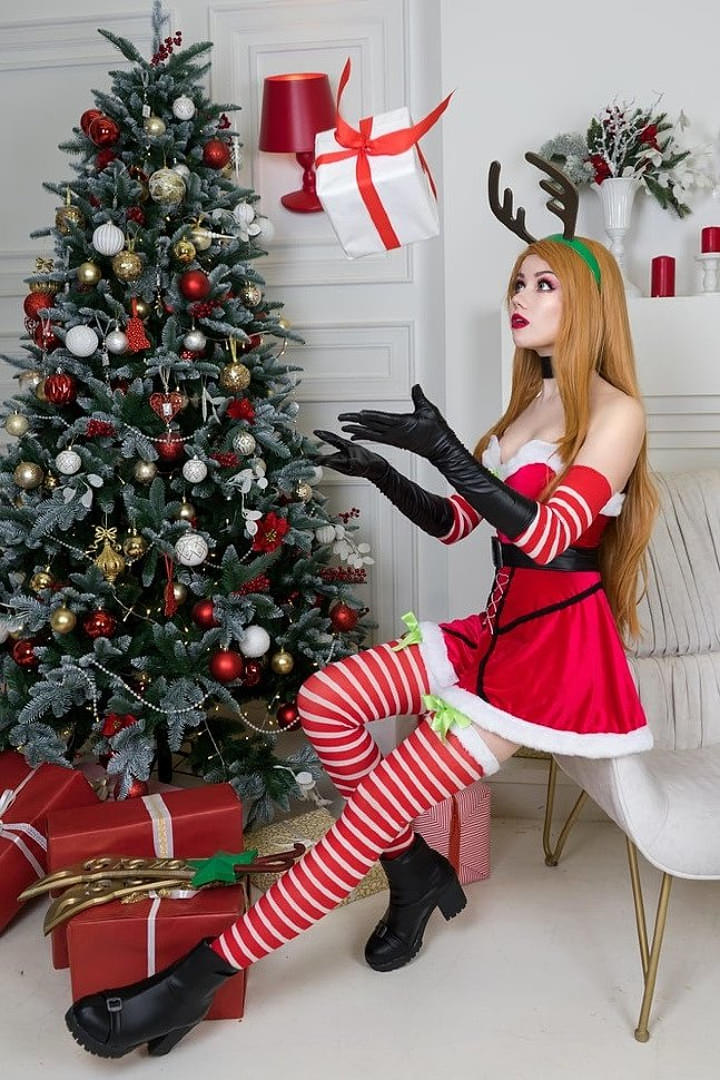 Russian Cosplay: Slay Belle Katarina (League of Legends)