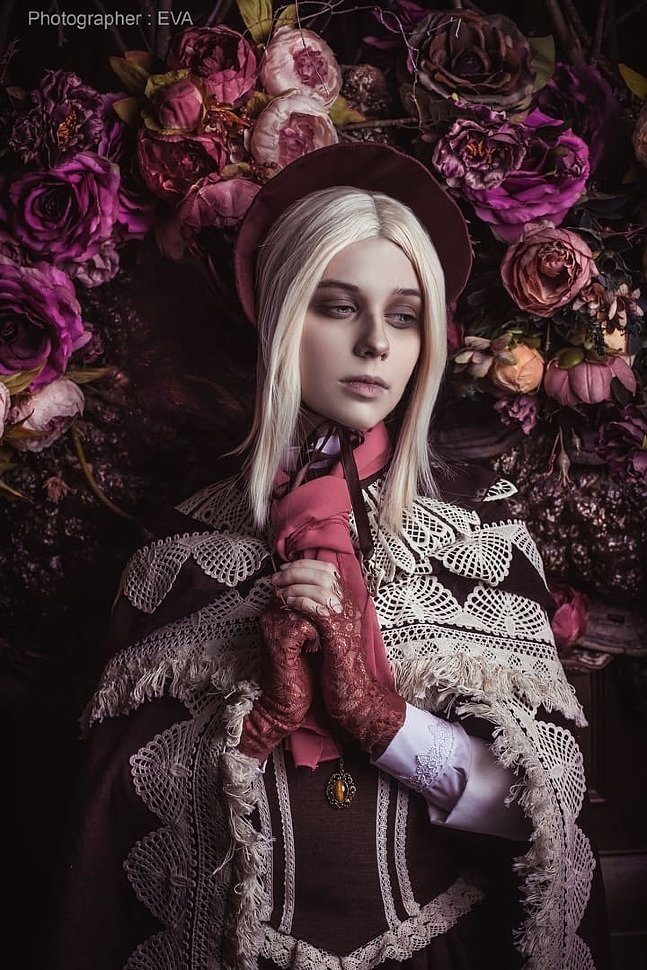 Russian Cosplay: The Doll (Bloodborne)
