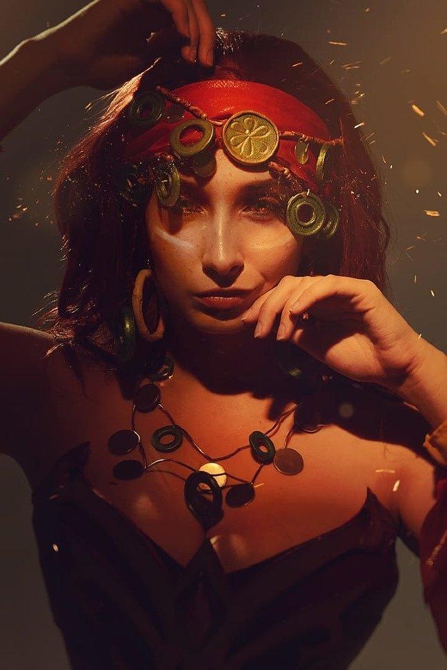 Russian Cosplay: Lina (Dota 2)