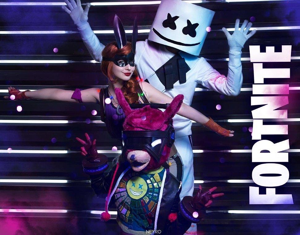 Russian Cosplay: DJ Bop, Bunnymoon & Marshmello (Fortnite)