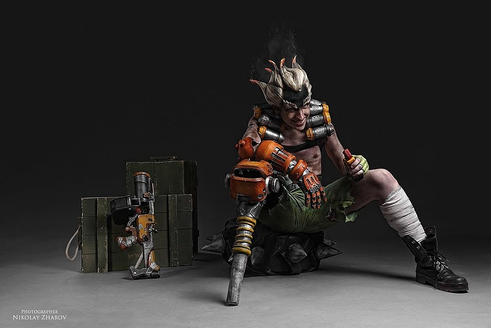 Russian Cosplay: Junkrat (Overwatch)