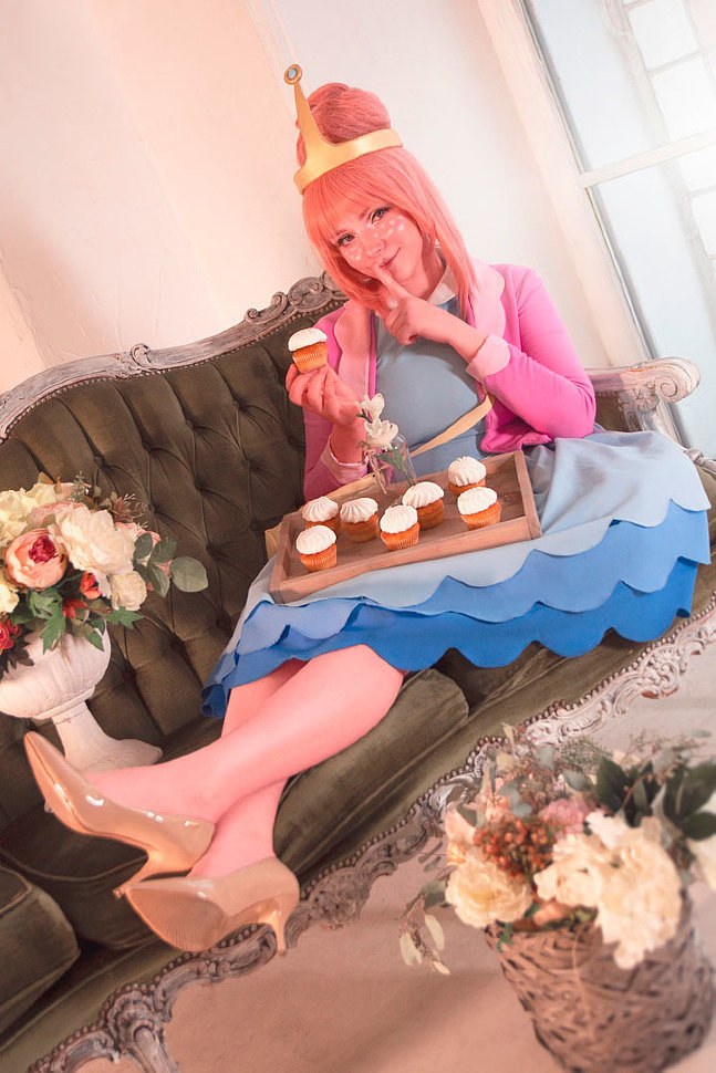 Russian Cosplay: Princess Bubblegum (Adventure time)
