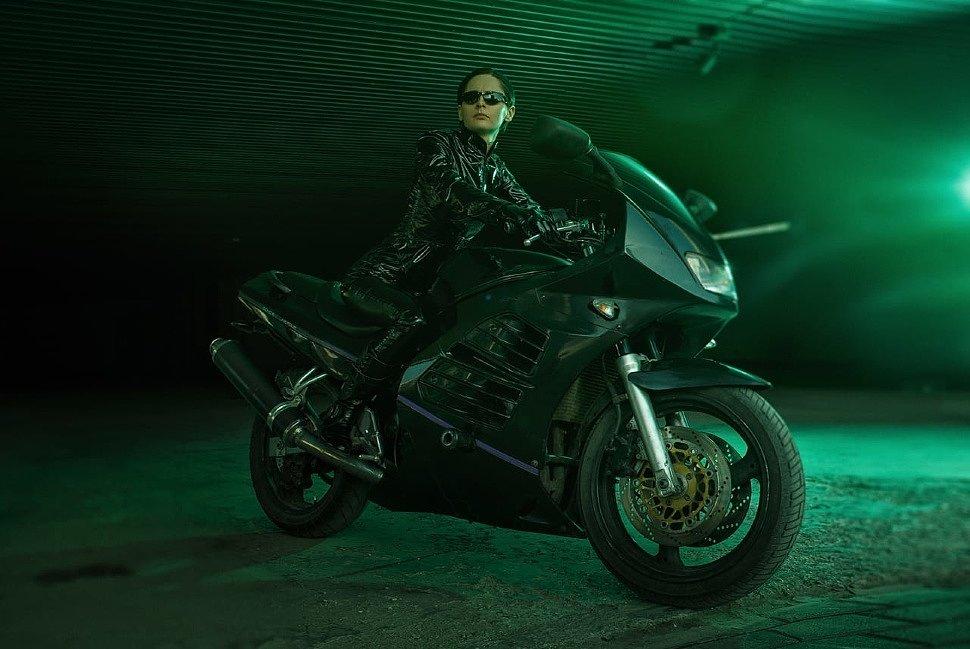 Russian Cosplay: Trinity (Matrix)